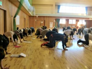 小学校姿勢体幹トレーニング